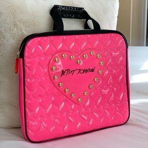 Betsey Johnson Hot Pink Heart Lap Top Bag